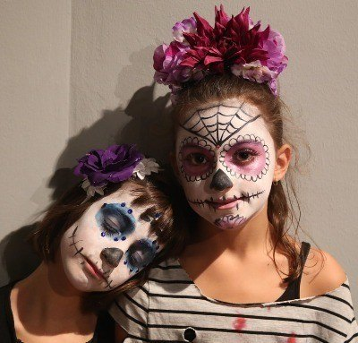 Halloween Costumes and Makeup for Kids