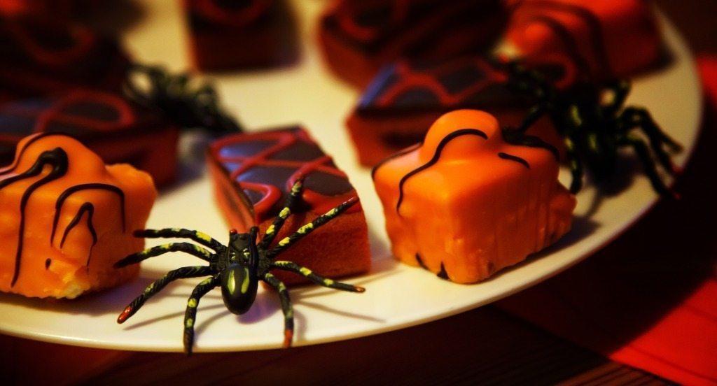Halloween Party Spiders